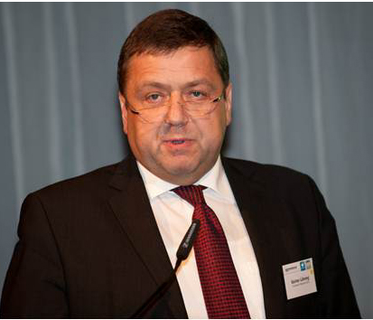 Günter Lühning beim Vortrag (C) lpv-verlag