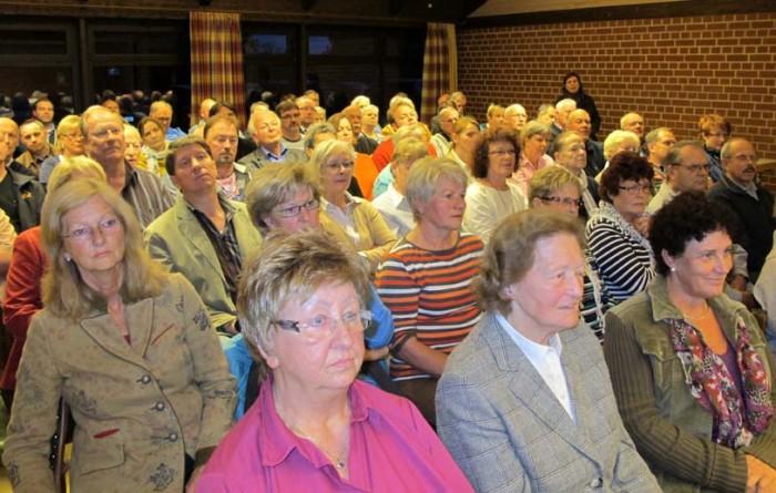 Über 100 Einwohner aus der Gemeinde Adelheidsdorf kamen am 24. September zur Bürgerversammlung